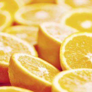 Aufgeschnittene Orangenhälften - symbolisiert Duftnote für Duftspender Air Bar - elegantes Raumduftsystem mit großer Duftwirkung
